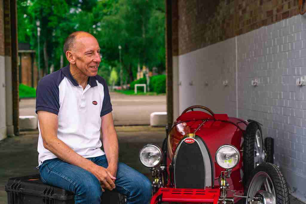 Andy-Wallace-official-Bugatti-test-pilot-reviews-his-experience-driving-the-Bugatti-Baby-II