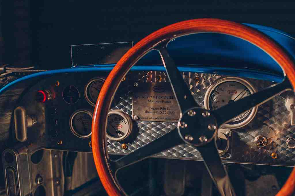 The-distinctive-four-spoke-steering-wheel-is-a-scale-recreation-of-that-seen-on-the-Type-35