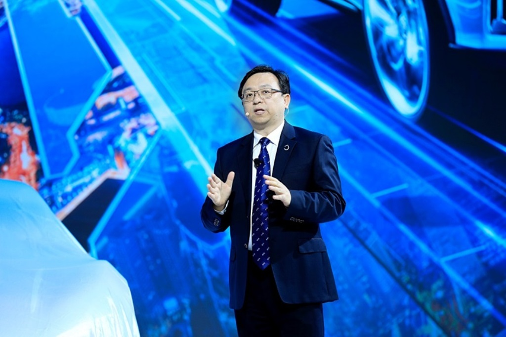 Mr.-Wang-Chuanfu-Chairman-and-President-of-BYD-speaking-at-a-press-conference-at-the-event.