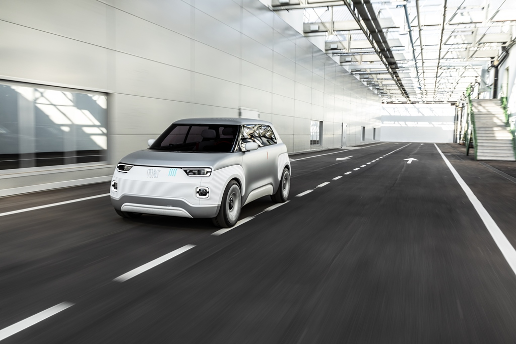 fiat_concept_centoventi_car_design_award_electric_motor_news_06