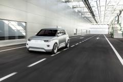 fiat_concept_centoventi_car_design_award_electric_motor_news_06