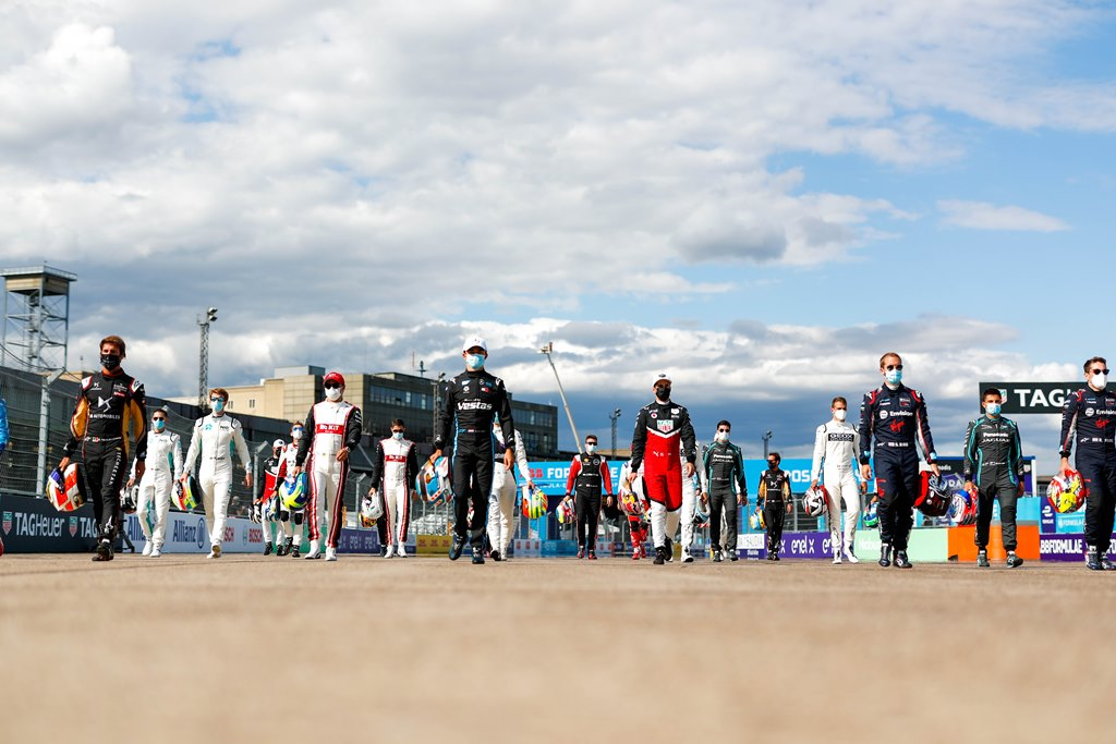 Antonio Felix da Costa (PRT), DS Techeetah, Felipe Massa (BRA), Venturi, Nyck De Vries (NLD), Mercedes Benz EQ, Neel Jani (CHE), Tag Heuer Porsche, Robin Frijns (NLD), Envision Virgin Racing and Sam Bird (GBR), Envision Virgin Racing