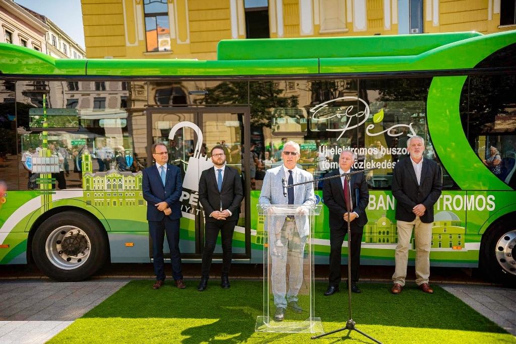 byd_consegna_e-bus_pecs_electric_motor_news_03