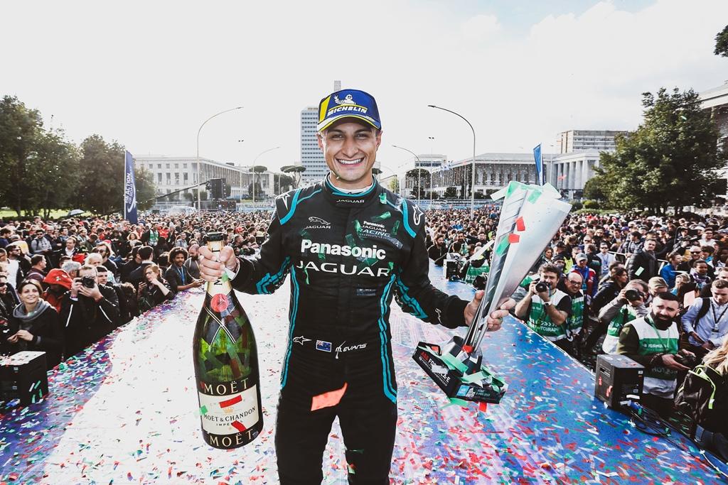 mitch_evans_panasonic_jaguar_racing_electric_motor_news_01