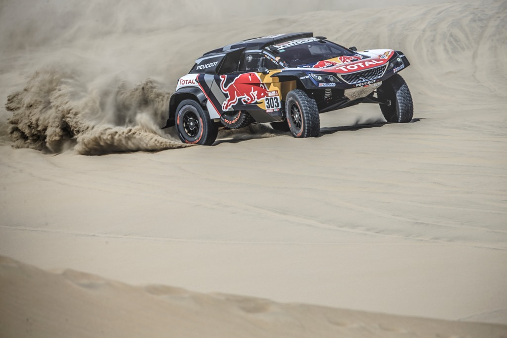 Carlos Sainz (ESP) of Team Peugeot TOTAL races during stage 1 of Rally Dakar 2018 from Lima to Pisco, Peru on January 6, 2018. // Flavien Duhamel/Red Bull Content Pool // P-20180107-00073 // Usage for editorial use only // Please go to www.redbullcontentpool.com for further information. //