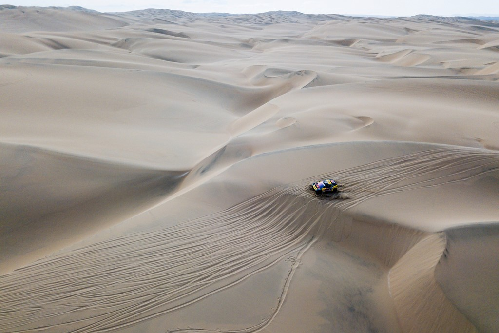 Sebastien Loeb (FRA) of PH Sport races during stage 09 of Rally Dakar 2019 from Pisco to Pisco, Peru on January 16, 2019 // Marcelo Maragni/Red Bull Content Pool // AP-1Y573M7N52111 // Usage for editorial use only // Please go to www.redbullcontentpool.com for further information. //