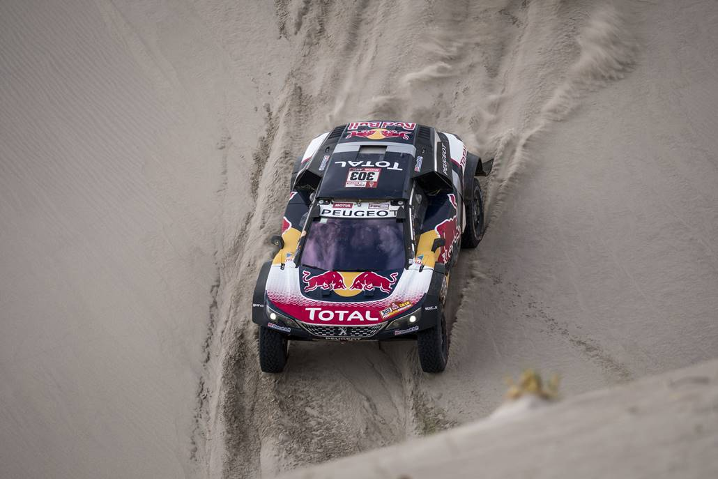 Carlos Sainz (ESP) of Team Peugeot Total races during stage 11 of Rally Dakar 2018 from Belem to Chilecito, Argentina on January 17, 2018 // Marcelo Maragni/Red Bull Content Pool // P-20180117-01131 // Usage for editorial use only // Please go to www.redbullcontentpool.com for further information. //