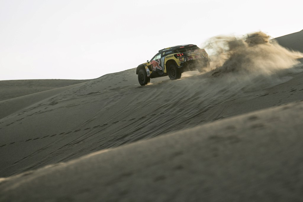Sebastien Loeb (FRA) of PH Sport races during stage 02 of Rally Dakar 2019 from Pisco to San Juan de Marcona on January 08, 2019 // Marcelo Maragni/Red Bull Content Pool // AP-1Y2K1TUYH2111 // Usage for editorial use only // Please go to www.redbullcontentpool.com for further information. //