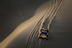 Sebastien Loeb and Daniel Elena in the Peugeot 3008 of the PH-Sport navigating in the sand during stage 3 of the Dakar Rally, between San Juan de Marcona and Arequipa, Peru, on January 9, 2019. // Eric Vargiolu / DPPI / Red Bull Content Pool // AP-1Y2RKXBS12111 // Usage for editorial use only // Please go to www.redbullcontentpool.com for further information. //