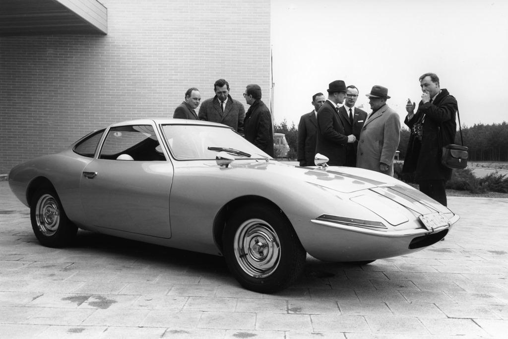 opel_experimental_gt_1964_electric_motor_news_04