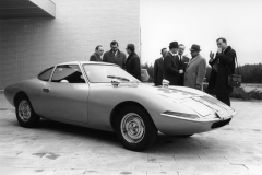 opel_experimental_gt_1964_electric_motor_news_04