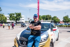 Explorer hits 16,000 km milestone in cross-continent adventure in new Nissan LEAF