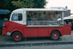 Type-H-in-versione-negozio-mobile-1963