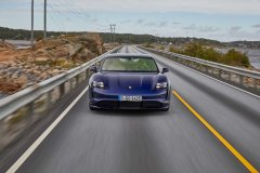 porsche_taycan_electric_motor_news_08