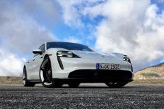 porsche_taycan_electric_motor_news_15