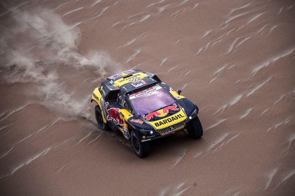 Sebastien Loeb and Daniel Elena in the Peugeot 3008 of the PH-Sport navigating in the desert during stage 3 of the Dakar Rally, between San Juan de Marcona and Arequipa, Peru, on January 9, 2019. // Florent Gooden / DPPI / Red Bull Content Pool  // AP-1Y32SX5X92111 // Usage for editorial use only // Please go to www.redbullcontentpool.com for further information. //