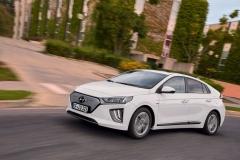 nuova_hyundai_ioniq_electric_motor_news_05