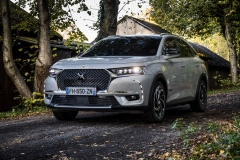 DS-7-CROSSBACK-E-TENSE-4X4_3_1