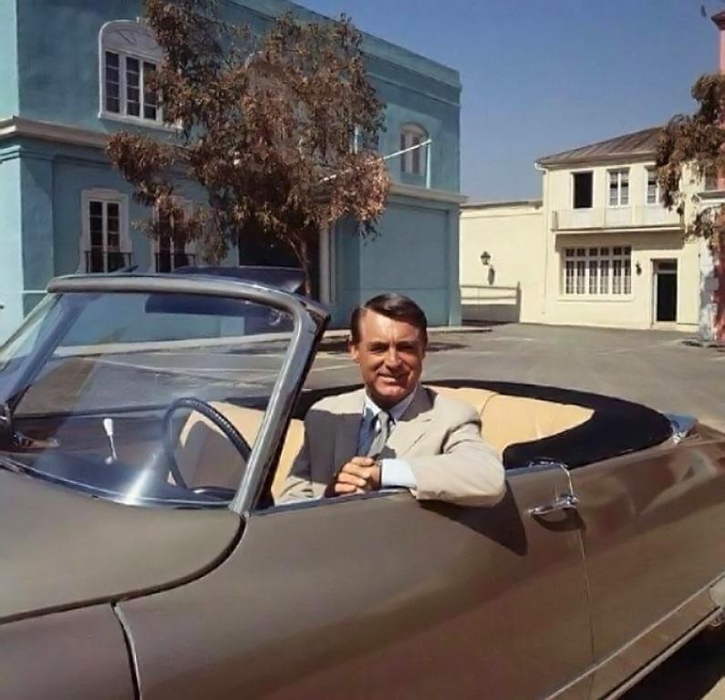 Cary Grant nella DS19 Decapotable