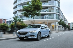 opel_insignia_sports_tourer_01