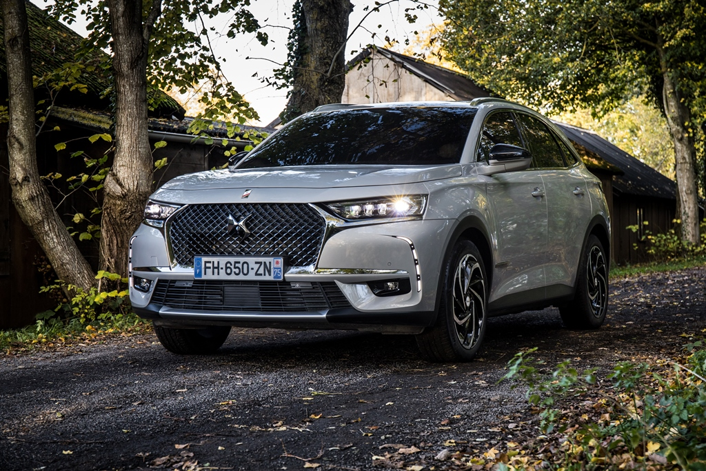 ds_7_crossback_e-tense_4x4_electric_motor_news_03