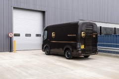 arrival-electric-delivery-van-for-ups_01