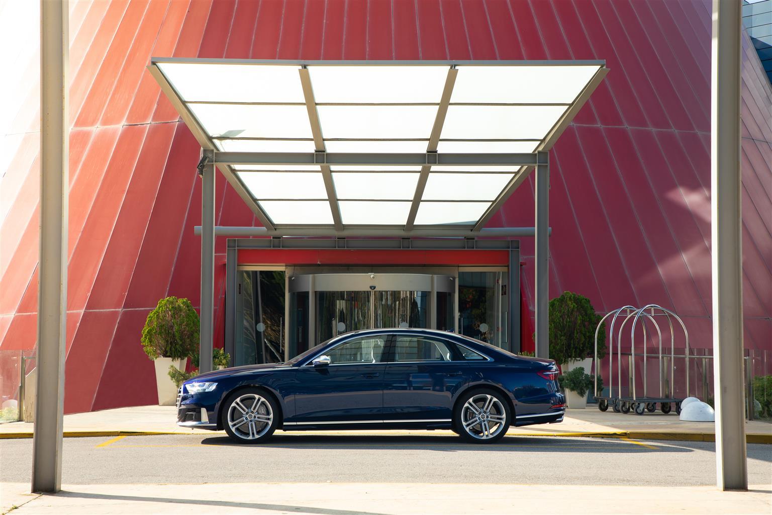 media-Audi-S8_006