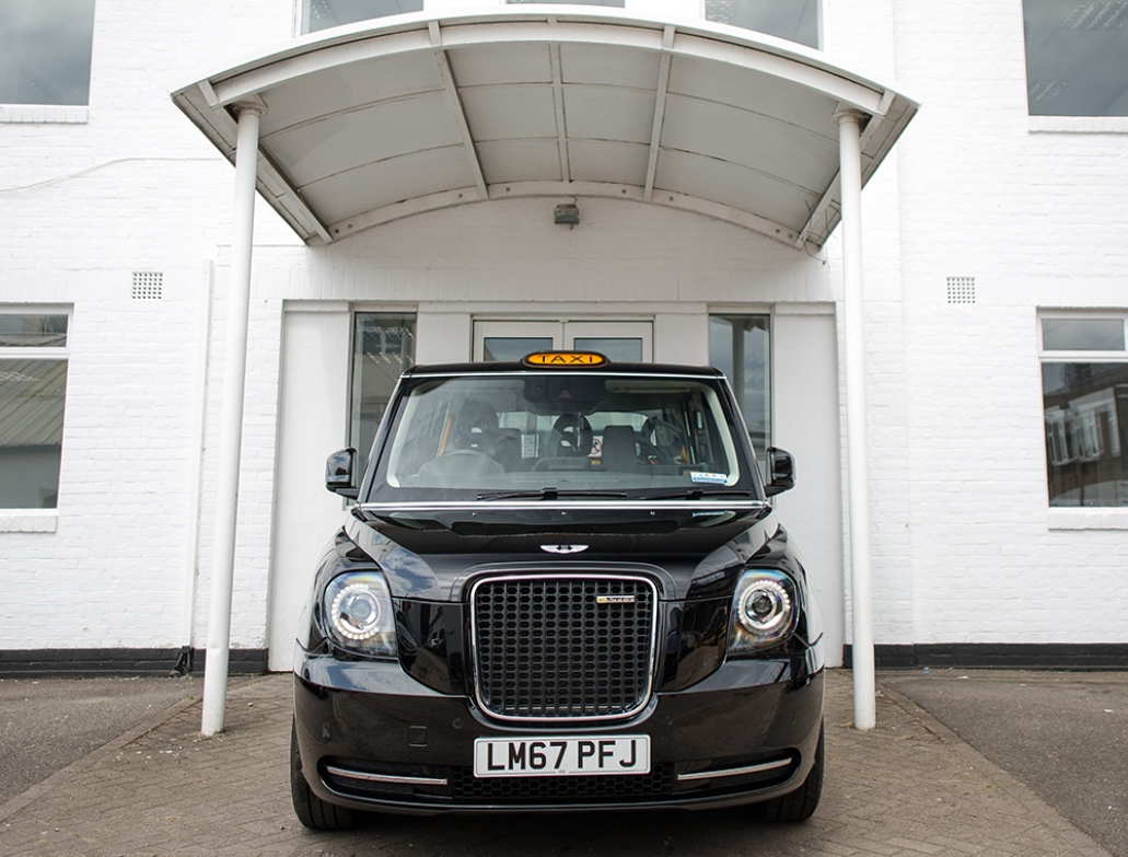 black_cab_endeavour_group_electric_motor_news_01
