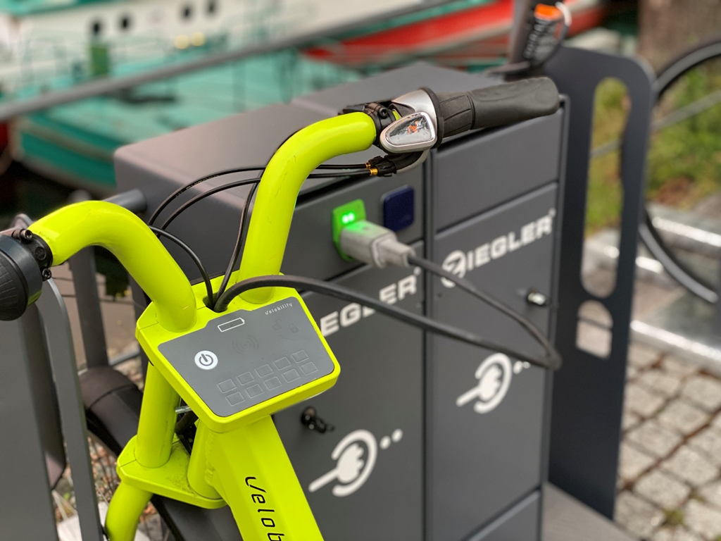 energy_bus_lev_charge_station_electric_motor_news_05
