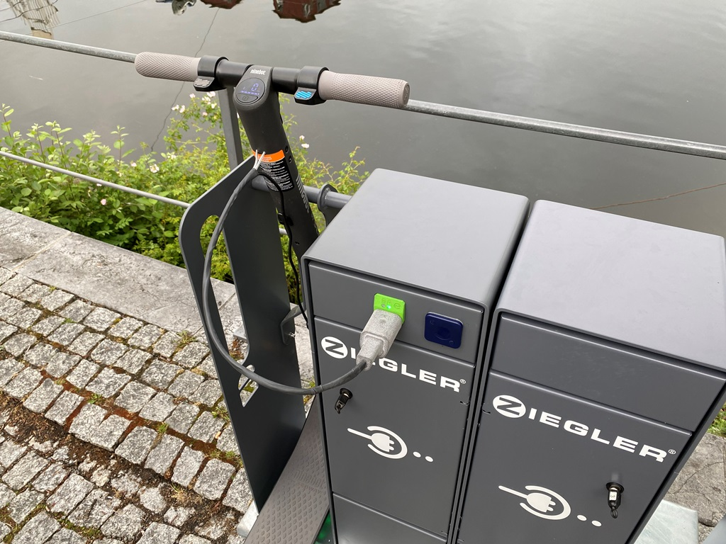 energy_bus_lev_charge_station_electric_motor_news_31