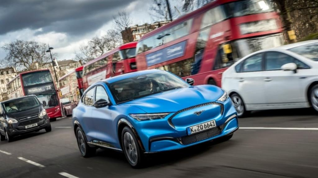 ford_go_electric_london_02