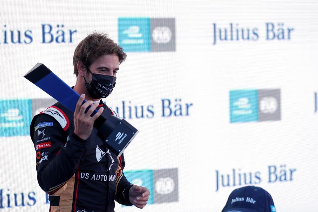 Antonio Félix da Costa (PRT), DS Techeetah with the pole position award