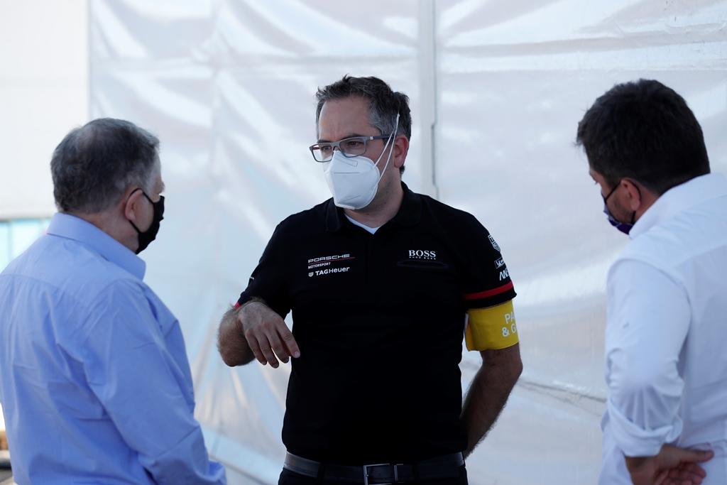 Jean Todt, FIA President talks to Tag Heuer Porsche member