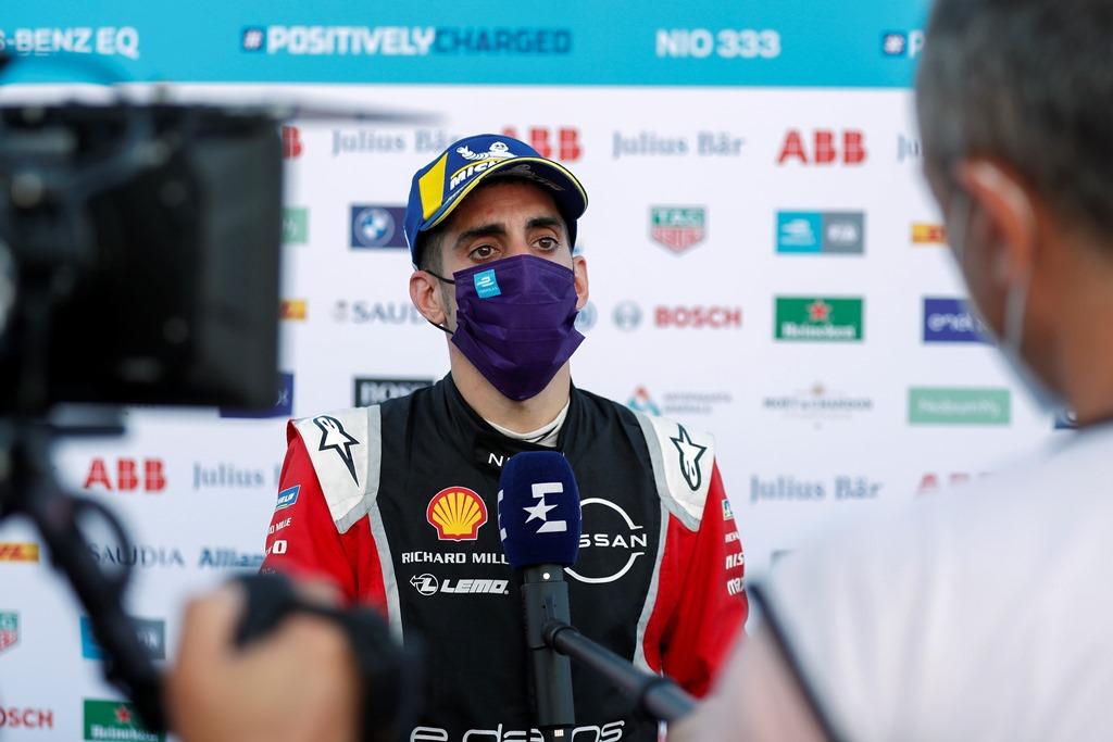 Sébastien Buemi (CHE), Nissan e.Dams, 2nd position, talks to the press