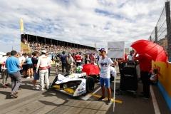 Lucas Di Grassi (BRA), Audi Sport ABT Schaeffler, Audi e-tron FE04, grid kid.