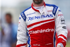 Nick Heidfeld (GER), Mahindra Racing, Mahindra M4Electro, walks back to the pits after retiring from the race.