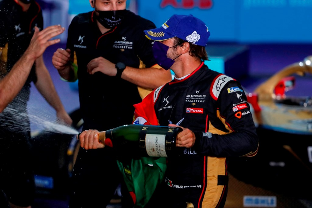 Antonio Félix da Costa (PRT), DS Techeetah, 2nd position, sprays the champagne