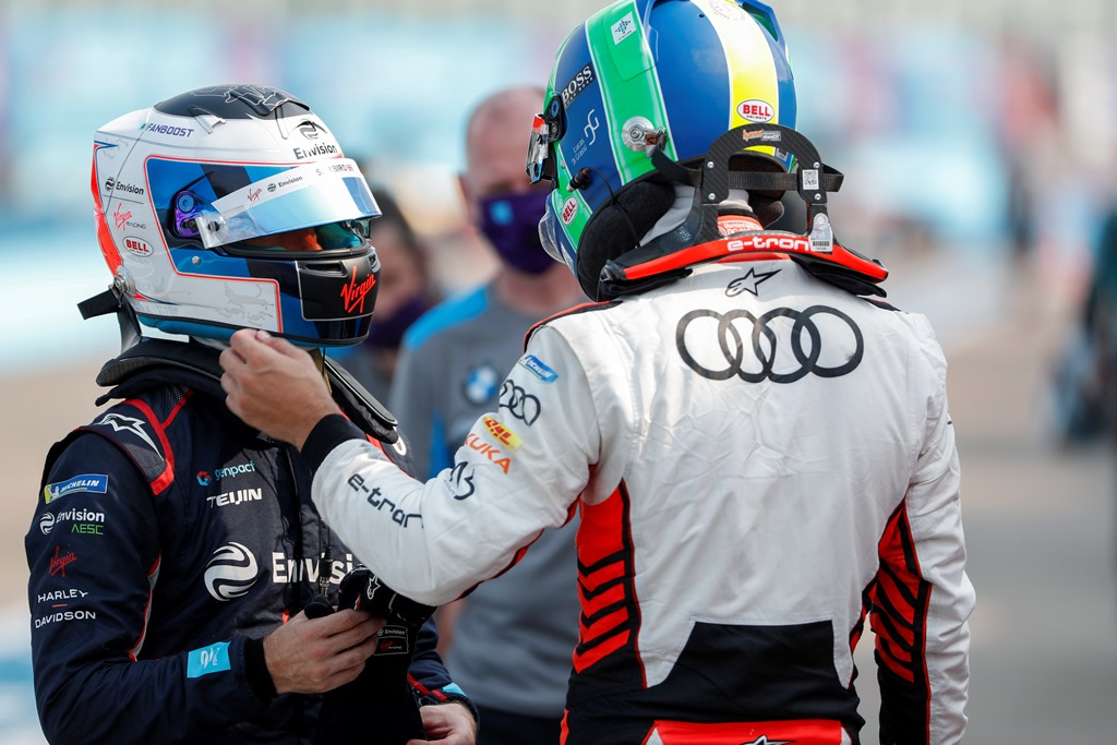 Sam Bird (GBR), Envision Virgin Racing chats with Lucas Di Grassi (BRA), Audi Sport ABT Schaeffler