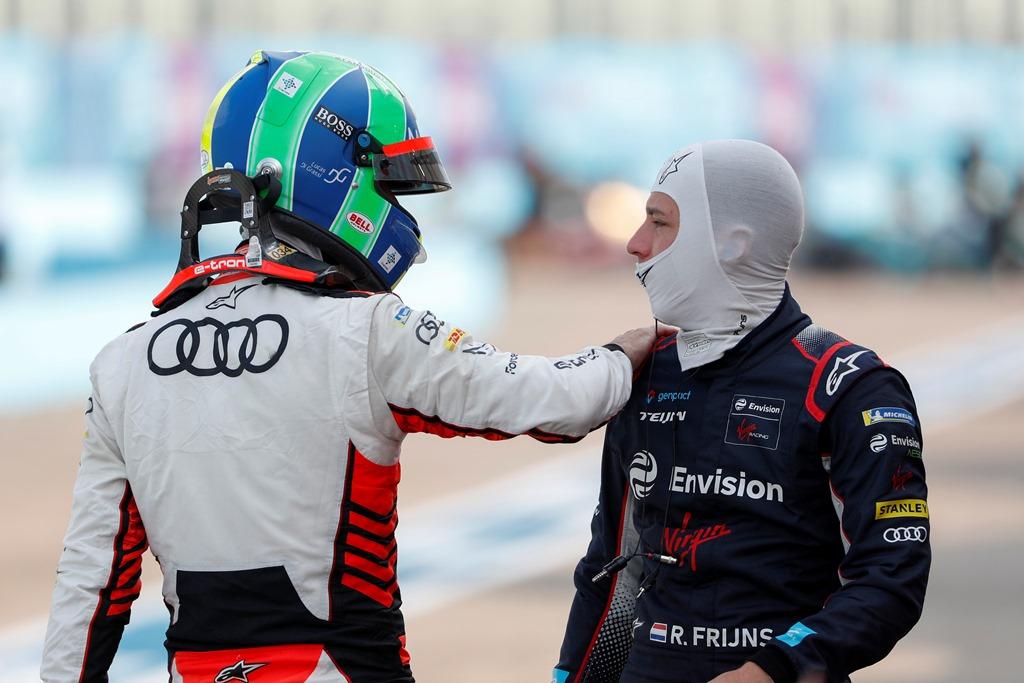 Robin Frijns (NLD), Envision Virgin Racing chats with Lucas Di Grassi (BRA), Audi Sport ABT Schaeffler