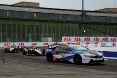 BMW i8 Safety car leads Jean-Eric Vergne (FRA), DS Techeetah, DS E-Tense FE20 and Antonio Félix da Costa (PRT), DS Techeetah, DS E-Tense FE20