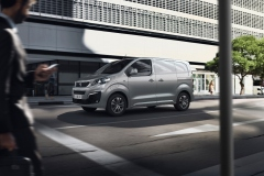 nuovo_peugeot_e-expert_electric_motor_news_02
