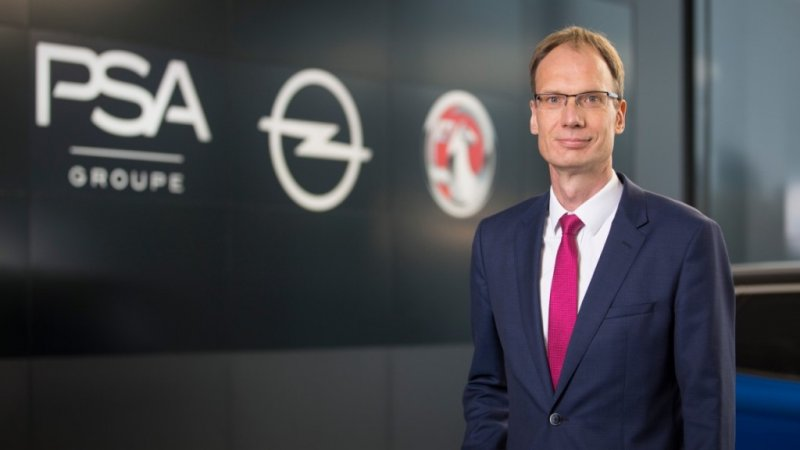 groupe_psa_opel_pace_electric_motor_news_02-opel-ceo-michael-lohscheller