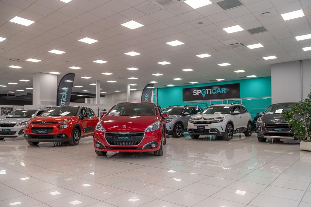 Groupe-PSA-lancia-in-Italia-½SPOTICAR-il-suo-nuovo-marchio-commerciale-multimarca-per-i-veicoli-dÔÇÖoccasione-8