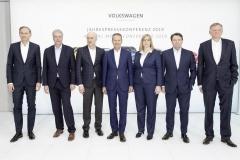 volkswagen_pianifica_22_milioni_ev_electric_motor_news_08
