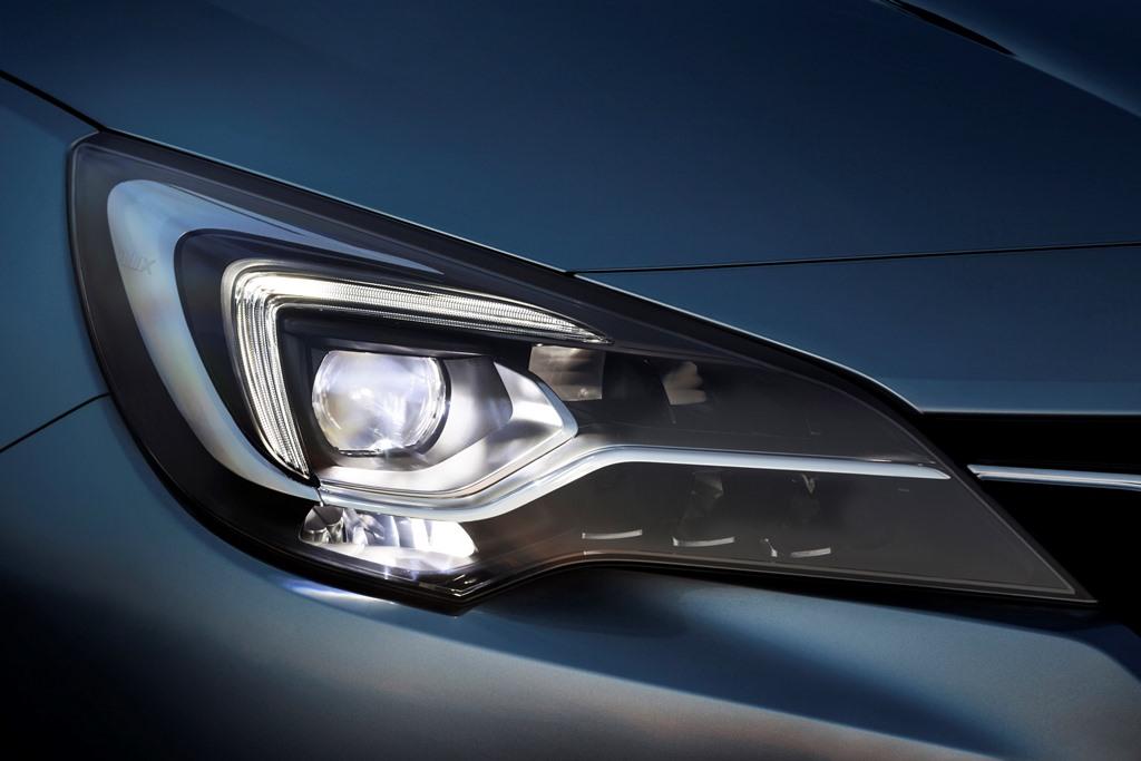 Opel-Astra-IntelliLux-LED-Matrix-Light-509519