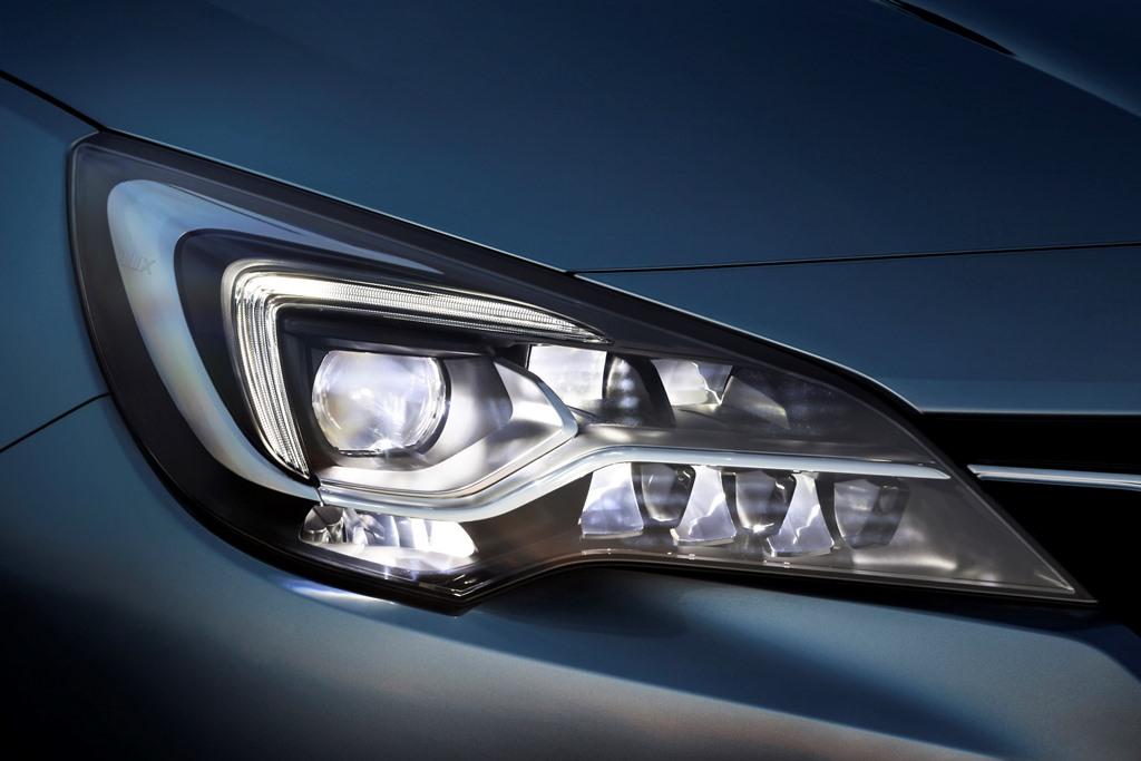 Opel-Astra-IntelliLux-LED-Matrix-Light-509520