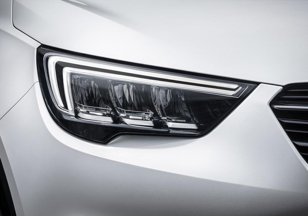 Opel-Crossland-X-AFL-LED-Headlamps-305113