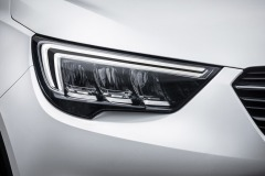 Opel-Crossland-X-AFL-LED-Headlamps-305113