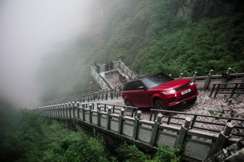 ho-pin_tung_land_rover_electric_motor_news_02