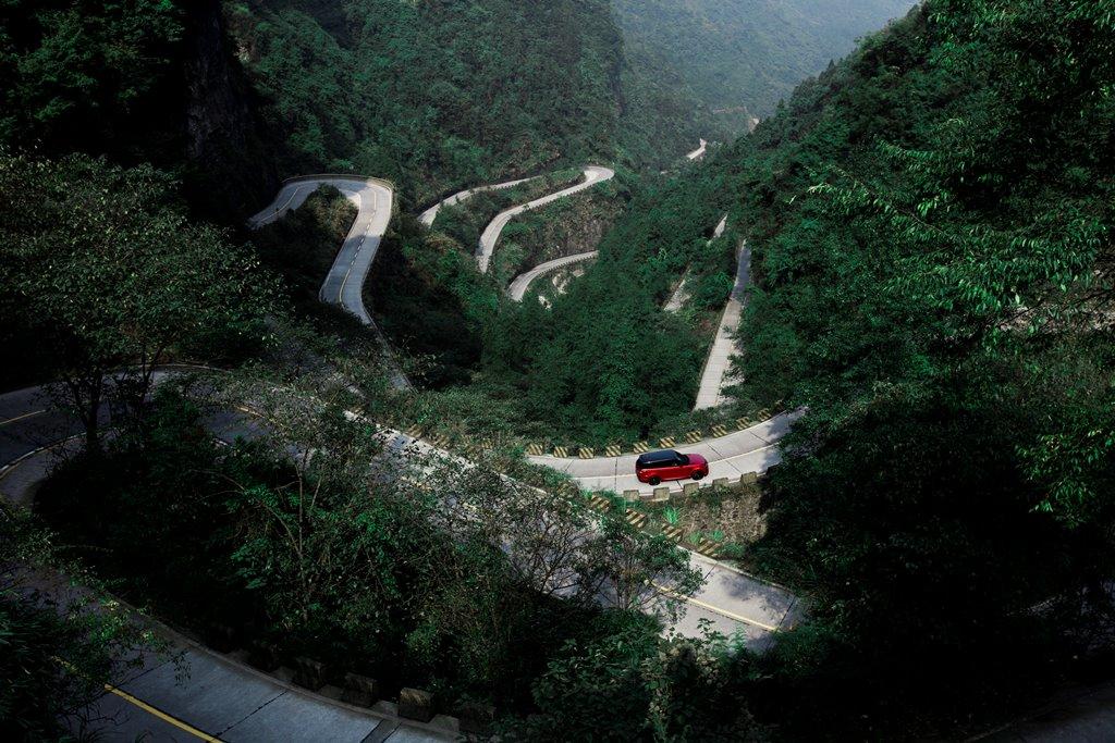 ho-pin_tung_land_rover_electric_motor_news_04
